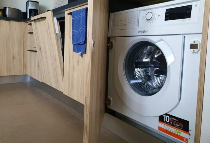 machine à laver et lave vaisselle pour location de vacance a Annecy