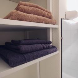 serviette de bain inclus