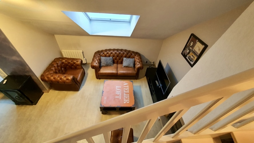 escalier vue sur salon