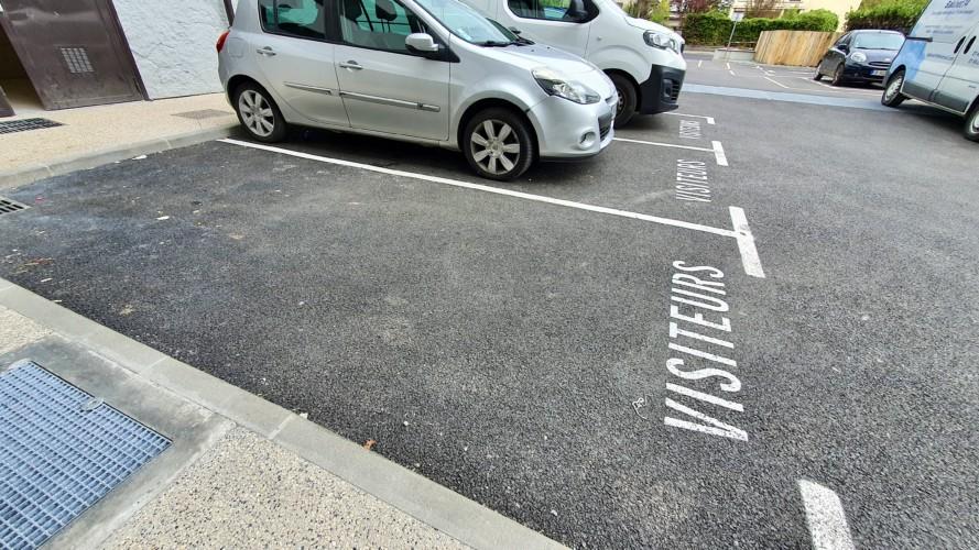 place de parking visiteur studio annecy