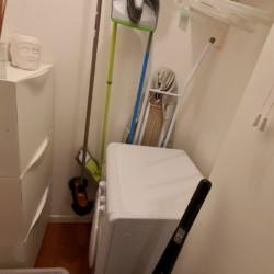 espace rangement et machine à laver
