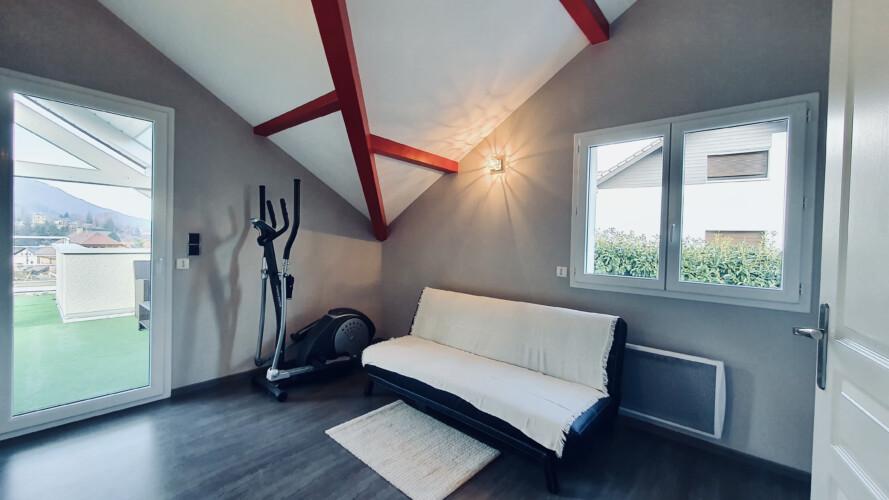 chambre canape lit maison sevrier