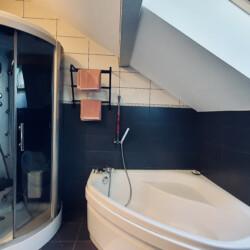 salle de bain maison sevrier