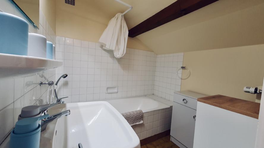 salle de bain etage maison sevrier